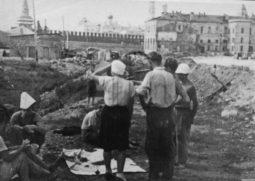 Раскопки в Зарядье, 1949 – 1951