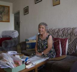 Лина Каминская в своей квартире в Реховоте